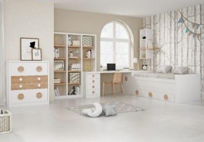 Dormitorio Juvenil Piñero y Cabrero: Blanco y Madera