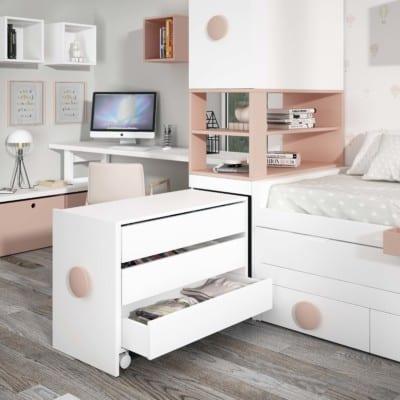 Dormitorio Juvenil Piñero y Cabrero: Cómoda blanca y melocotón