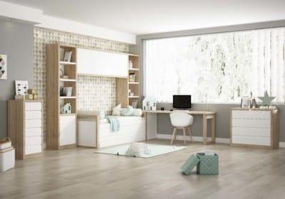 Dormitorio Juvenil Piñero y Cabrero: Tonos blanco y madera